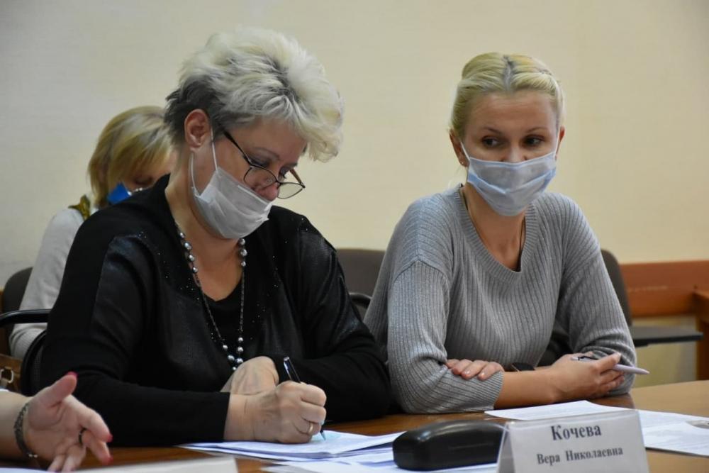 Допобразование обсудили на заседании комиссии Общественной палаты